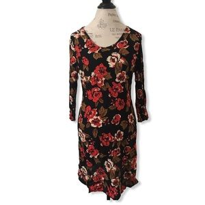 3/4 Sleeve Floral Dress in Red and Black by Dex